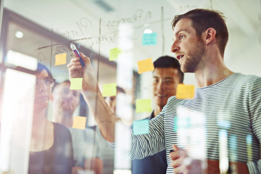 ¿Cómo evitar errores en la comunicación empresarial?